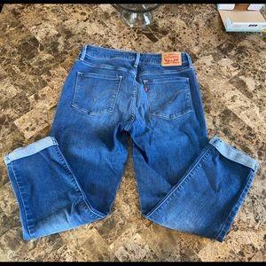 Levis crop Jeans